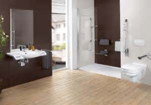 barrierefreie badezimmer barrierefreies badezimmer einrichten mit villeroy boch