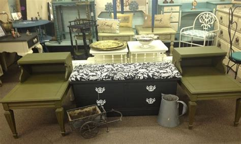 Furniture Stores In Cheyenne Wy by Pin By Drab2fabcreations Haberman On Painted Furniture