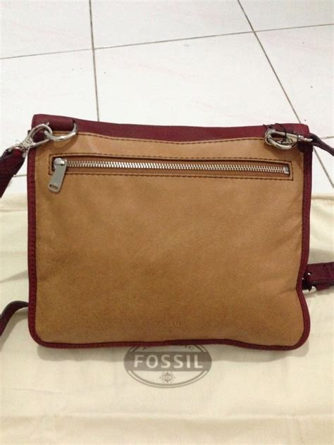 Fossil Dompet Wallet Authentic Original Glitter Leather walllet menjual branded things brand new or 99 new