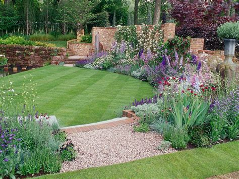 simple garden ideas for backyard 25 simple backyard landscaping ideas interior design inspirations