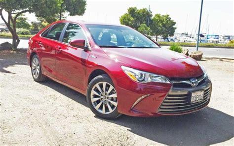 Toyota Xle 2016 Toyota Camry Xle Hybrid Test Drive Nikjmiles
