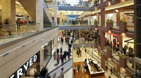 malls open on most shopping malls to stay open on sundays despite