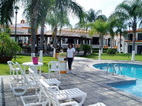 Hotel Mision Colima, Colima Deals   See Hotel Photos