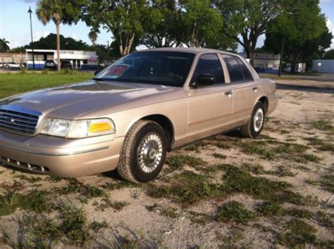 ford crown victoria 1998 used cars for sale sell used 1998 ford crown victoria police interceptor sedan 4 door 4 6l in cape coral florida