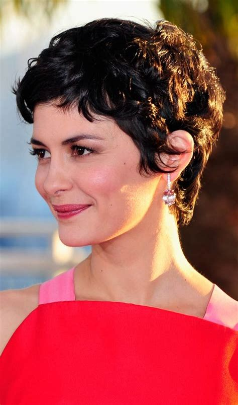 ruffled pixie hairstyle 113 best images about vlasy on pinterest shorts office