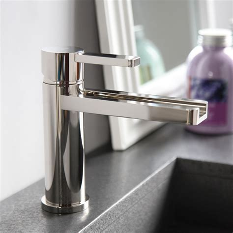 different types of bathroom sink faucets