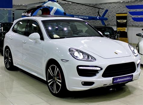 porsche 2017 white 2017 porsche cayenne changes it s stage carbuzz info