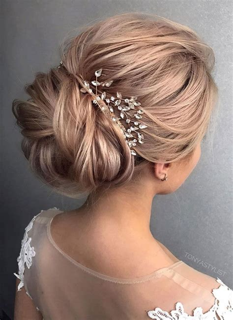 Hair Accessories For Wedding Updos by Gorgeous Wedding Updo Hairstyle To Inspire You Fabmood