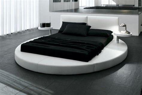 letto circolare letto con base circolare e materasso rettangolare