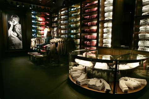 Chandelier Store Nyc Ls And Lighting Stores Nyc With Modern Abercrombie Fitch Flagship Interior Stores Design