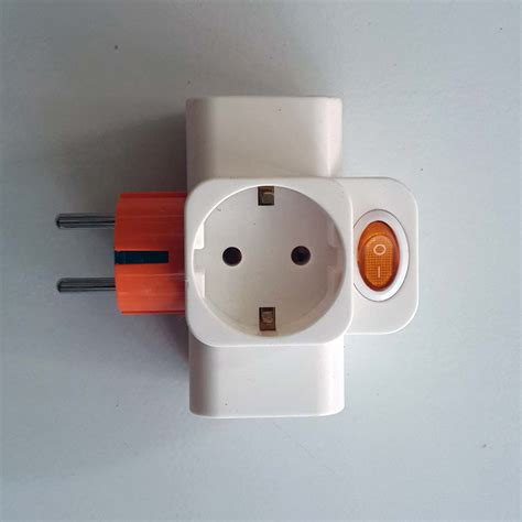 T Steker Broco steker t colokan listrik dengan tombol on