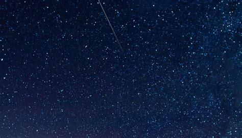 imagenes extrañas en el cielo 2017 nasa este es el calendario de las lluvias de meteoros de
