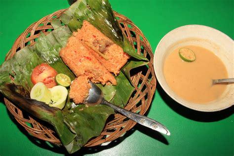 membuat nasi bakar sumsum lezatnya nasi bakar sumsum khas serang indonesiakaya com