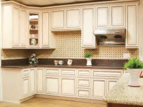 Glazed Kitchen Cabinets Pictures by Kitchen Cabinets Wholesale Mushroom