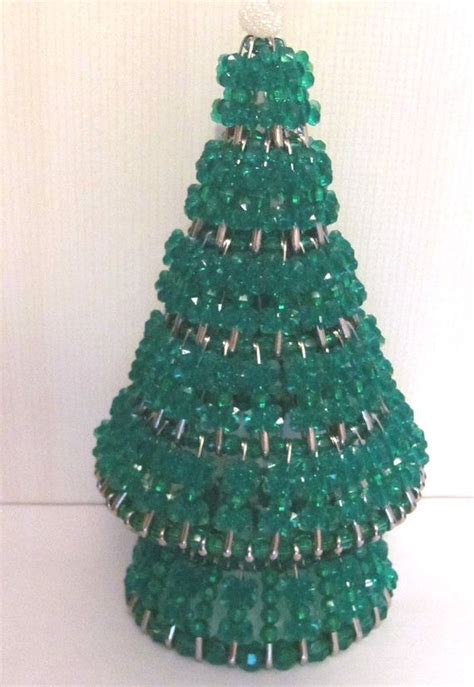 instructions for vintage safety pin christmas trees tree crafted with and safety pins diy tree crafts safety pins