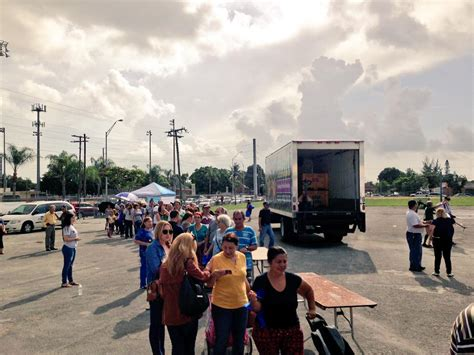 dozens of locals line up for food in miami gardens 171 cbs miami