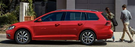 volkswagen golf sportwagen maximum cargo capacity