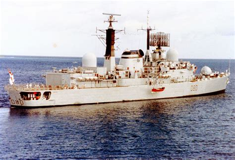 boat paint manchester file hms sheffield d80 jpg wikimedia commons
