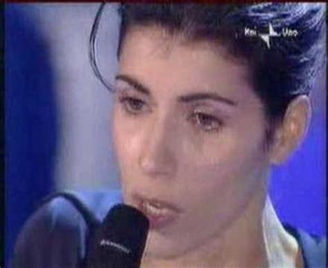 giorgia vorrei illuminarti l anima testo giorgia di sole e d azzurro canzone spot thun sc e