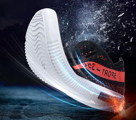 Sepatu Yezi sepatu yezi boost 350 pria size 39 black