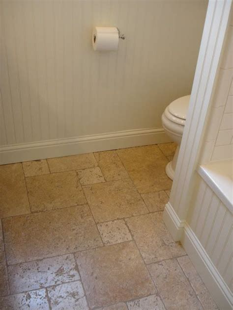 travertine in bathroom best 25 travertine bathroom ideas on pinterest river