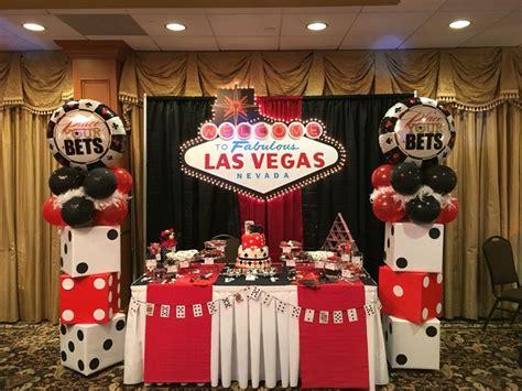 casino themed table decorations dessert table bombomcelebrationcreations vegas casino