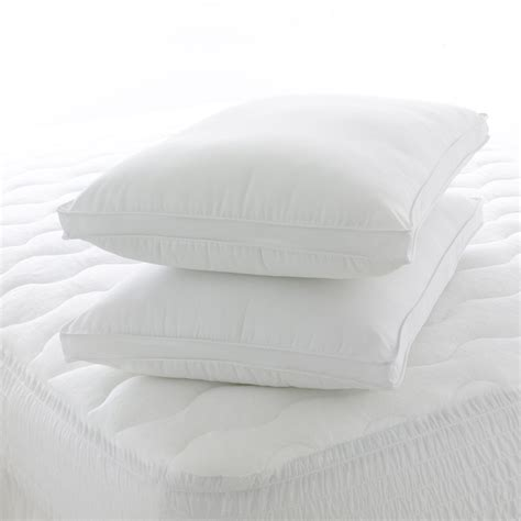 Gusseted Pillows by Pack Gusseted Pillows