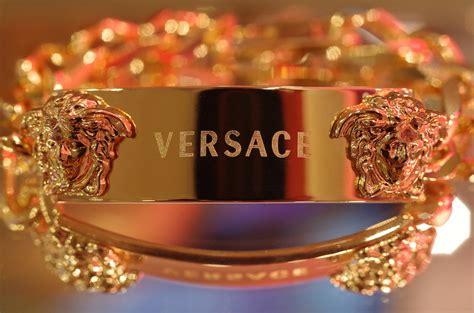 Kaos Fashion Versace Bling Bling Versace Jewelry Wildstylela