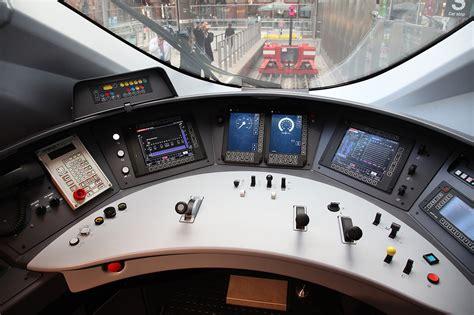 7 Foot Desk Uk Emu Cabs 3xxx Dawlish Trains Digital Photographic