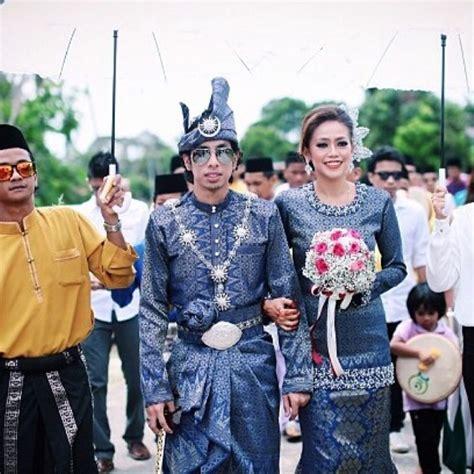 Setelan Baju Wanitafelisa Set 2 In 1 Dress Celanasetelan Dress source sweetpictures kl songket wedding wedding dress and weddings