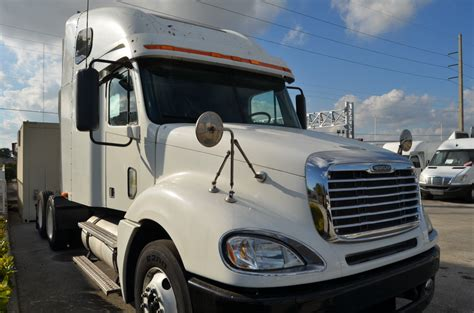 tractor trailer sleepers cab car interior design