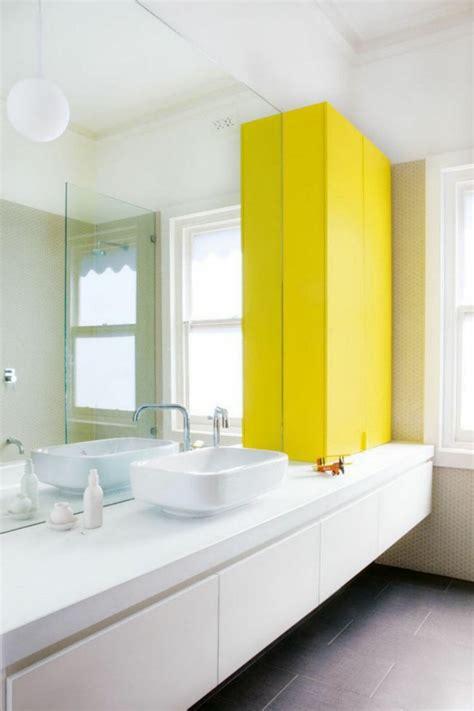 Schrank Einrichtung by Gelb Im Badezimmer Verwenden F 252 R Fr 246 Hliche Peppige Akzente