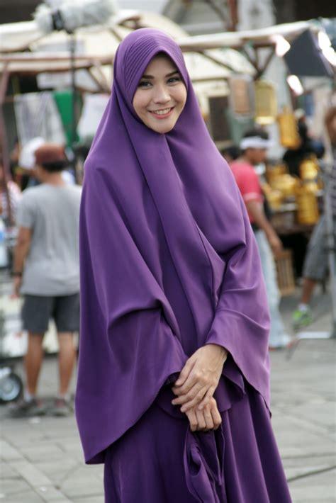 film bioskop terbaru hijab hijab syar i bikin zaskia mecca makin cantik foto 5