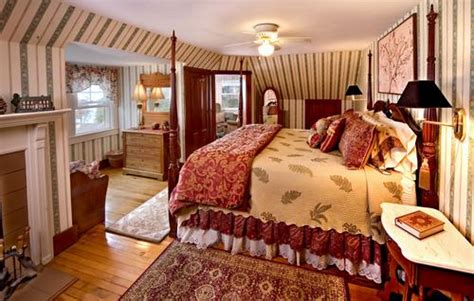 air bed and breakfast kingsleigh inn rooms maine bed and breakfast lodging