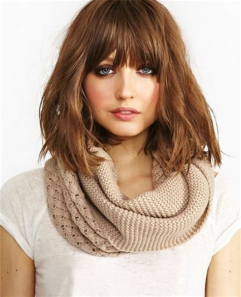 To Medium Hairstyles With Bangs by 25 Best Ideas About Medium Hairstyles With Bangs On