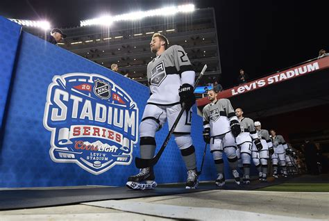 Coors Light Outdoor Series On The Relevance Of The Winter Classic St Louis Time