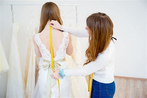 High Designer Wedding Dresses by High Vs Designer Wedding Dresses Easy Weddings Uk