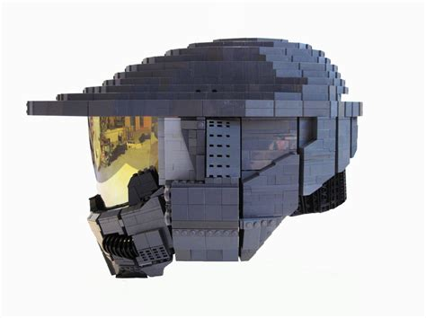 How To Make A Halo Helmet Out Of Paper - wearable lego master chief helmet from halo geektyrant