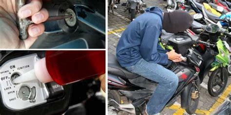 Lu Tembak Sepeda Motor Polisi Tembak Kaki Garong Motor Dan Brangkas Sekolah