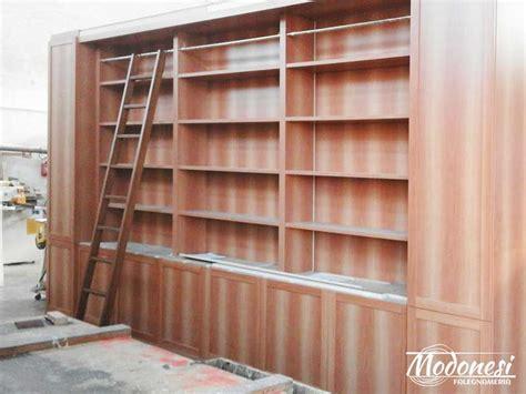 librerie in legno usate libreria boiserie su misura in legno per avvocato di