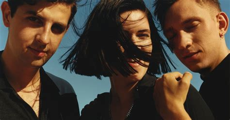 bidio xx how pop introverts the xx ditched minimalism on glossy new