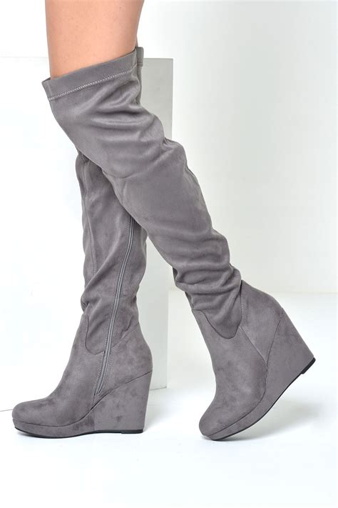 loraina wedge the knee boots in grey suede