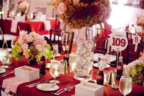 centerpiece ideas and favors new york yankees baseball theme wedding