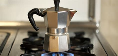 Espresso Coffee Teko Kopi Akebonno Moka Pot Elektik Stainless 4 Cup secangkir kopi revolusi tentang moka pot alat pembuat kopi tradisional