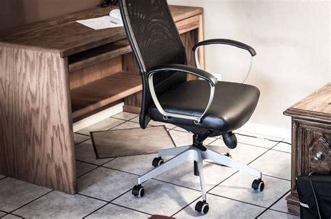 poltrone girevoli poltrone girevoli divani modelli e tipologie di
