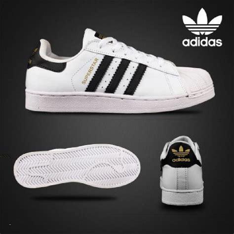 Harga Adidas Putih gambar sepatu adidas putih list hitam gentandjawns