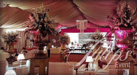 Best #Pakistani Wedding Reception #Baraat Stage Design