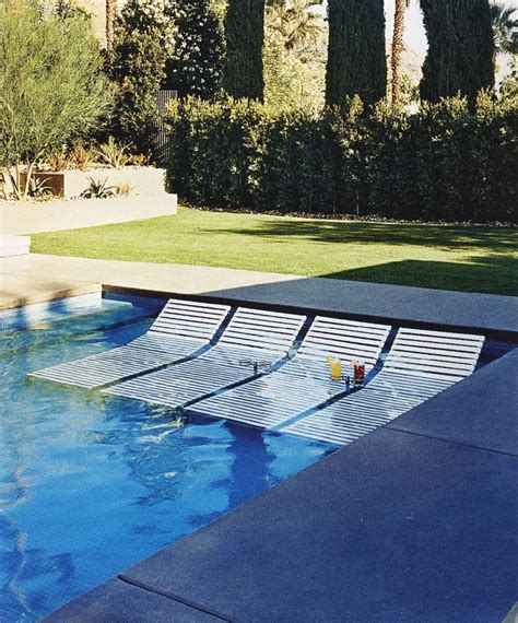 Chairs For Pool by 25 Best Ideas About Pool Lounge Chairs On