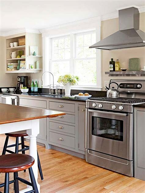 small traditional kitchen ideas small kitchen ideas traditional kitchen designs