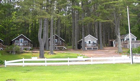 cottages in maine maine cottages for sale in coastal lincolnville pine